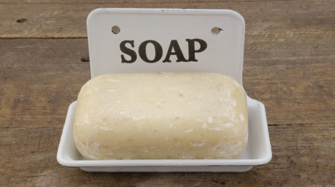 bar-soap-liquid-soap-16x9